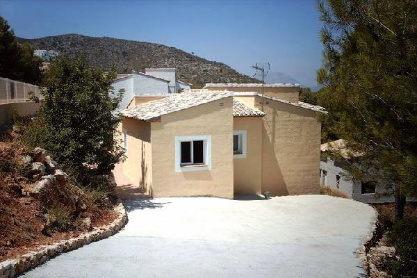 villa in Pedreguer for sale