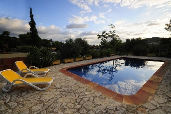 The spacious, paradise-like pool on the beautiful terrace