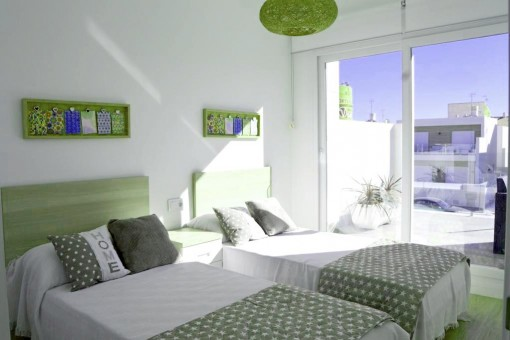 Bedroom with terrace access