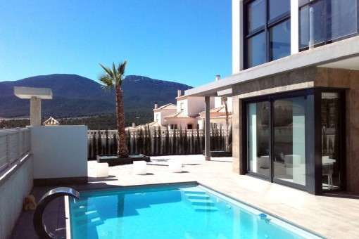 Beautiful luxury villa with private pool in Castalla, Alicante